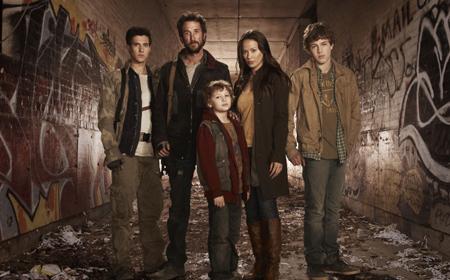 Falling Skies renovada para una segunda temporada