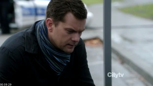 Fringe.S04E11.HDTV .XviD LOL screenshot 2 Fringe   4x11: Making Angels