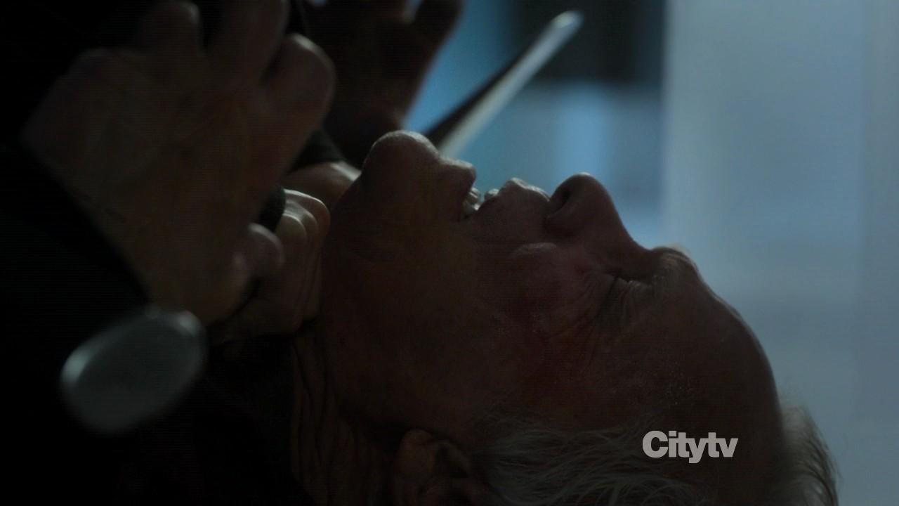 Revenge.S01E22.Dehparadox-2