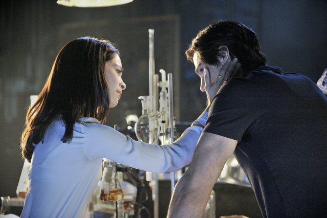 Beauty and the Beast – 1×01: 'Pilot'