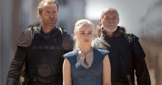 Ian-Glen-Emilia-Clarke-and-Ian-McElhinney-in-Game-of-Thrones-Walk-of-Punishment