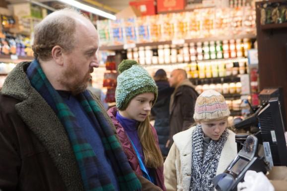 """LOUIE: Season 5, Episode 2 """"A La Carte"""" (Airs Thursday, April 16, 10:30 pm e/p). Pictured: (l-r) Louis C.K. as Louie, Hadley Delany as Lilly, Ursula Parker as Jane. CR: KC Bailey/FX"""
