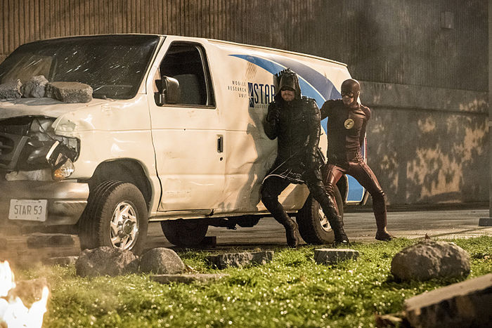 the_flash_3x08_invasion_-4