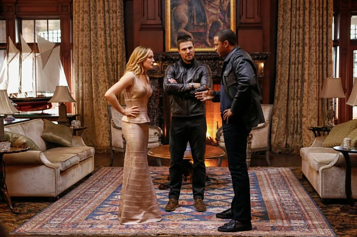 arrow_5x08_invasion_-3