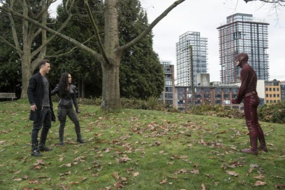'The Flash': 3x11 - Dead Or Alive